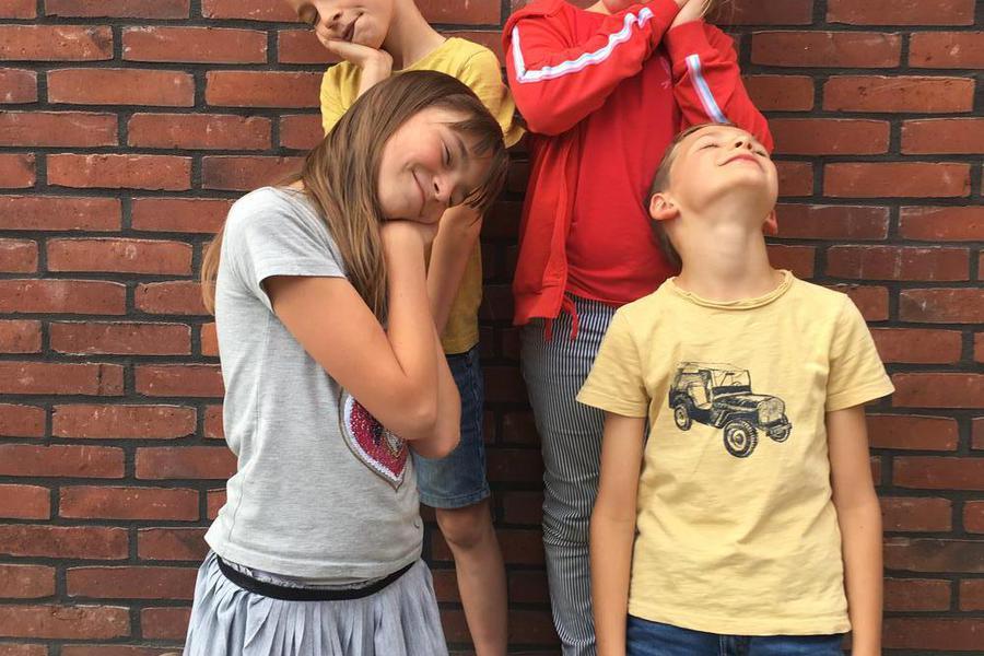 Helaas lukte het deze familie niet om wakker te blijven voor de foto :-)
